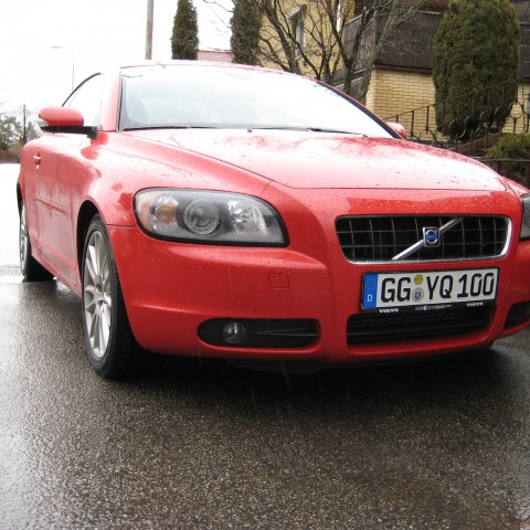 The C70 had very good looks as a convertible, very quiet and winterproof!