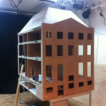 THE MAKING OF: Constructing the doll house