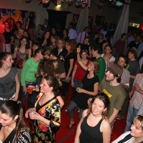 More then 200 people enjoyed the party, that was the end of a cultural weekend.