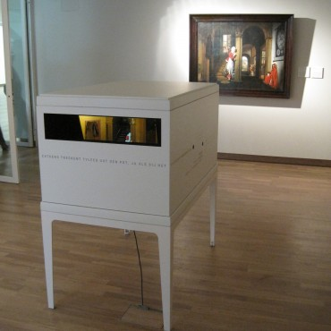 The Diorama-box is positioned in front of the painting it is inspired upon.